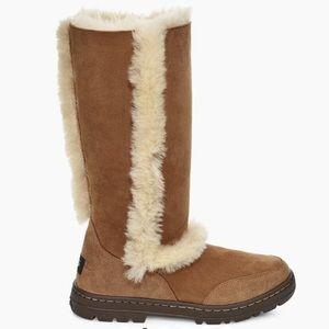 🤩Brand New Ugg Sundance II Revival Tall Boots